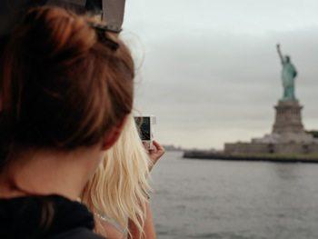 travel_nurse_tourist
